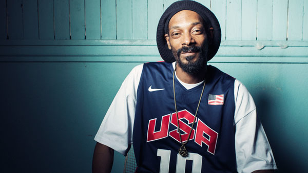 "Snoop Lion Creates ""Mind Garden"" To Feed Jamaican Children"