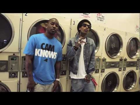 Wiz Khalifa Feat. Camron &#8211; The Bluff