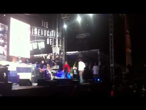 Lauryn Hill & Pras Reunite At Rock The Bells 2011
