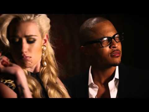 Iggy Azalea Feat. T.I. – Murda Bizness