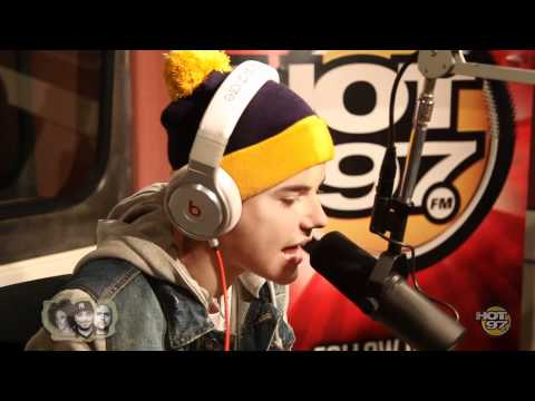 Justin Bieber Kicks A Freestyle On Hot 97