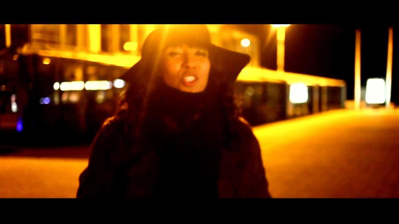 GUS Feat. Lucinda Slim – Talk It Over