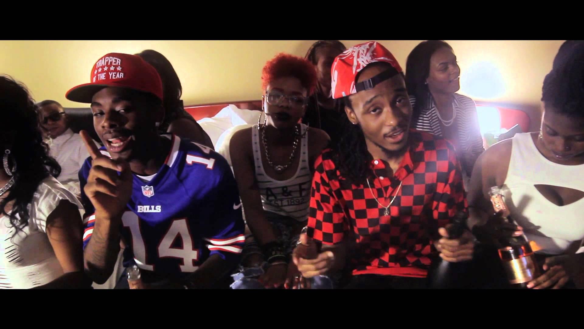 Bobby Biz Feat. Les – First Class Livin