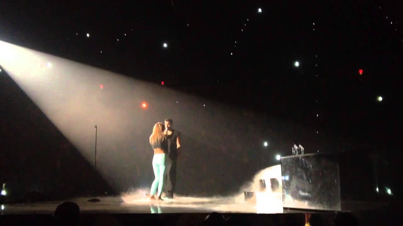Drake Brings Female Fan On Stage