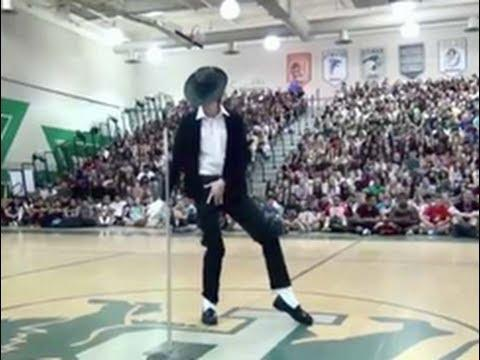 High School Student Does A Perfect Michael Jackson Dance Routine