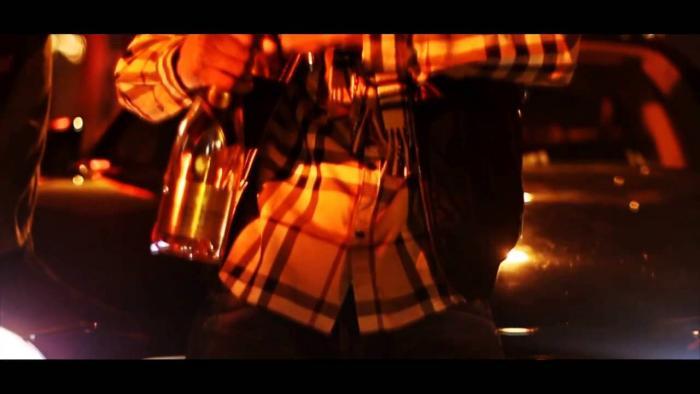 Slimm Body Feat. Roca – The Glow