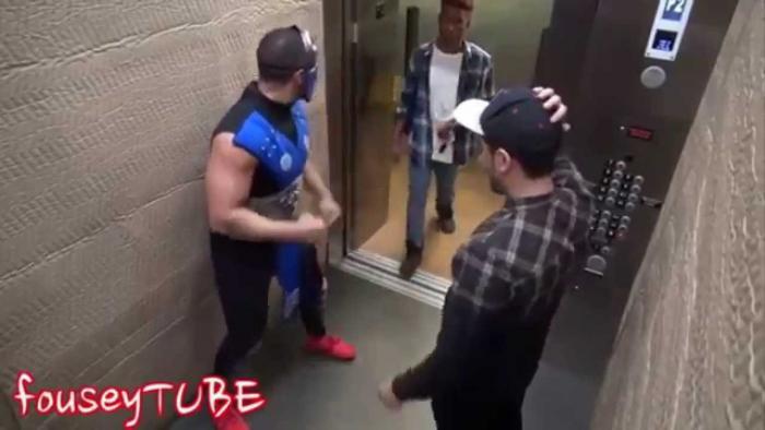 Mortal Kombat Elevator Prank