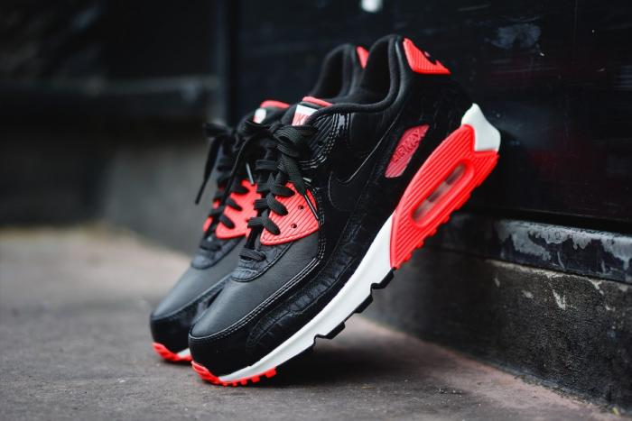 "Nike Air Max 90 ""Infrared Croc"" [VMG Approved]"