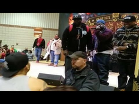 Ghostface Killah Calls Out A Heckler Who Wanted To Fight During His Performance