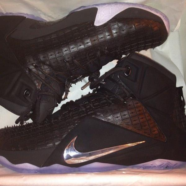 nike-lebron-xii-12-ext-black-rubber-city-01