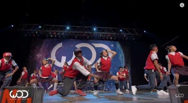 Lunchbox Dance Crew's Amazing Performance
