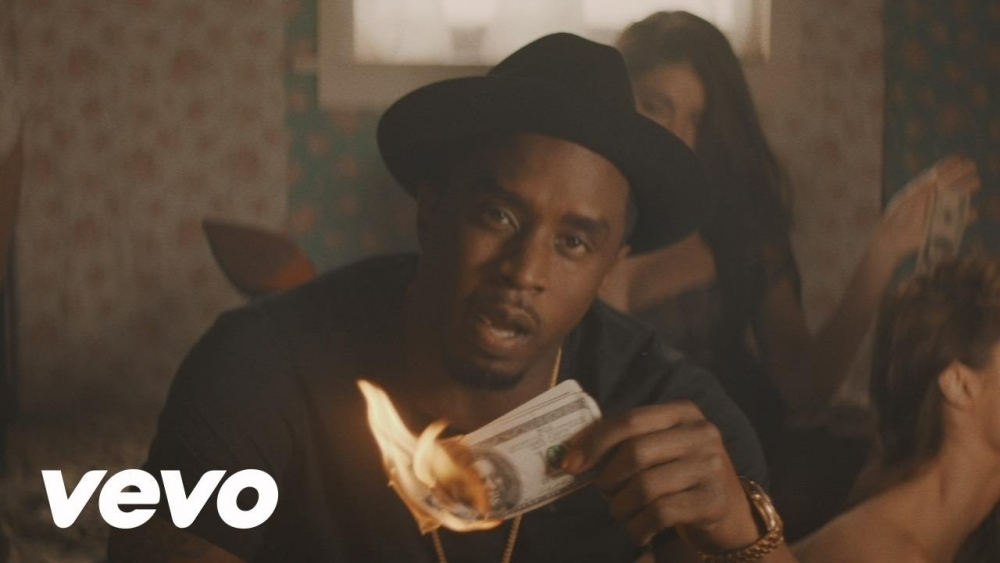Puff Daddy Feat. Zoey Dollaz & French Montana – Blow A Check (Bad Boy Remix)