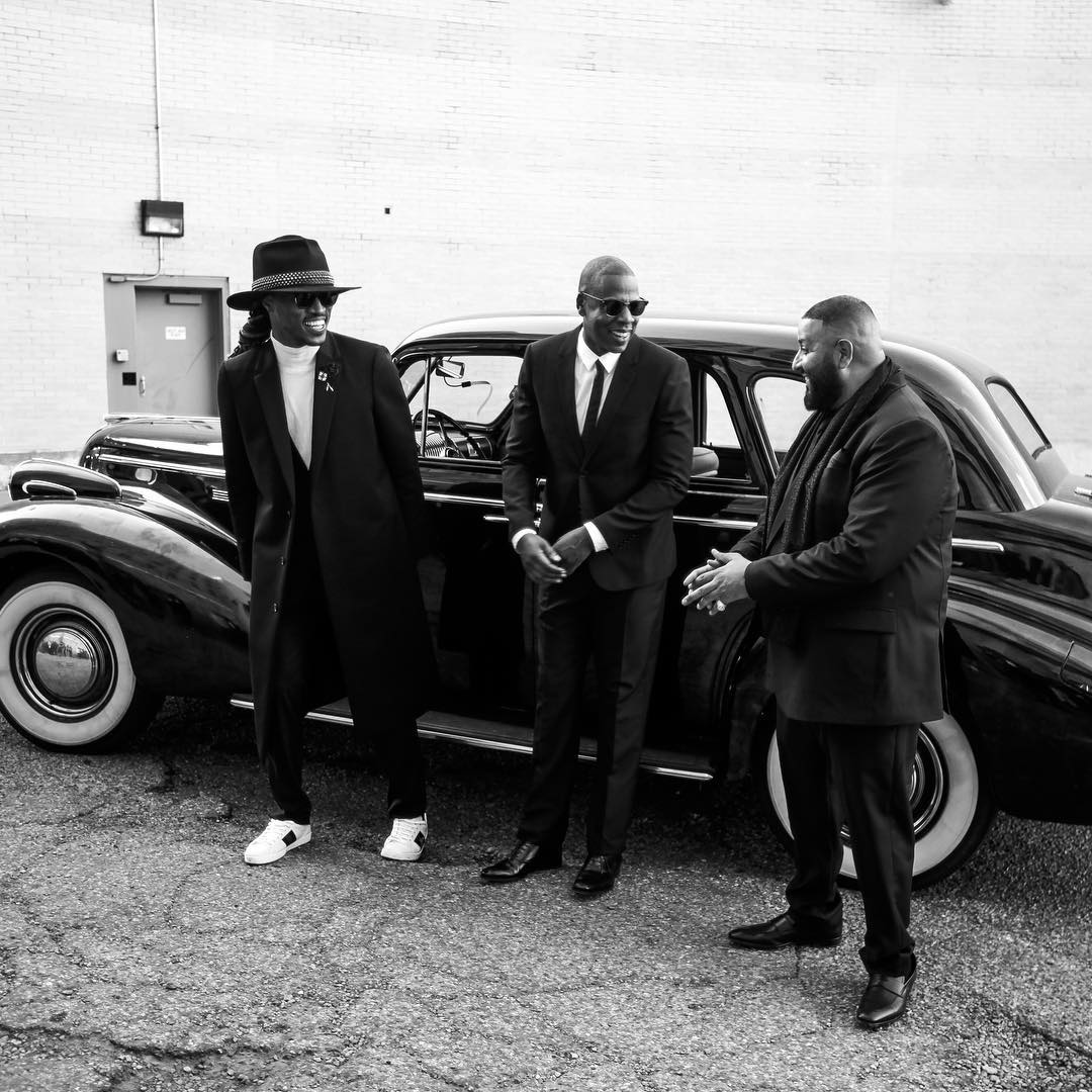 "DJ Khaled Premieres ""I Got The Keys"" Featuring Jay Z & Future (Video)"