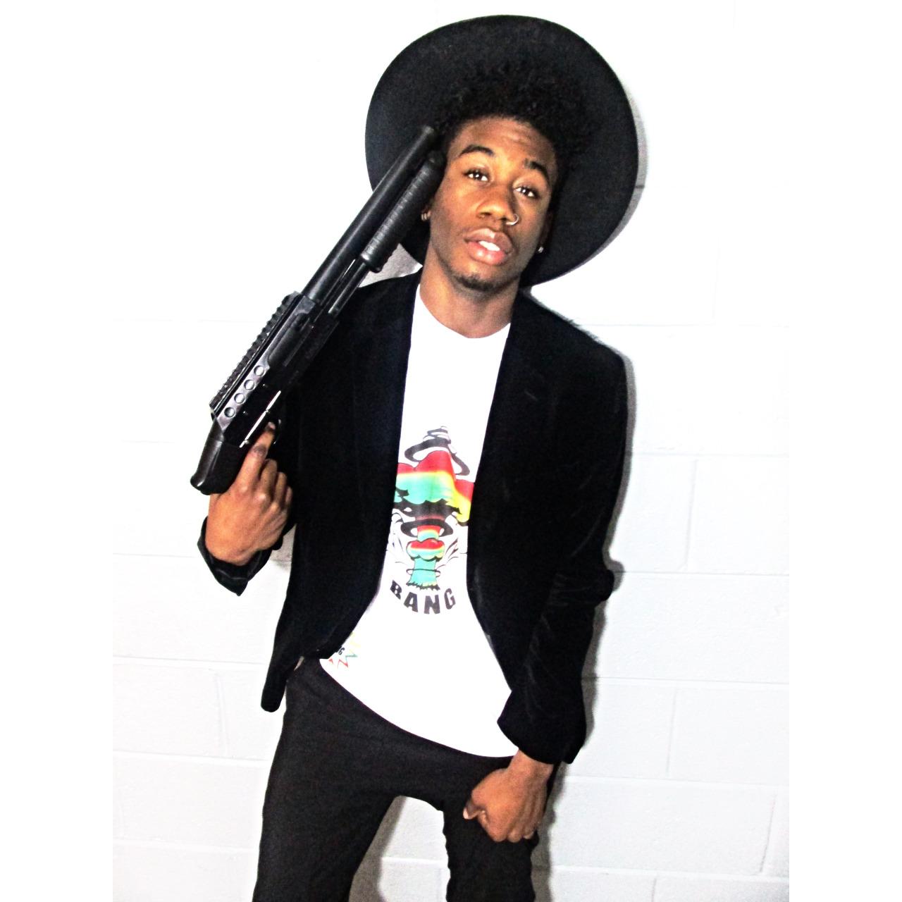 EaseTheVillain The Rising Of A Indie Hip-Hop/Rock Artist.