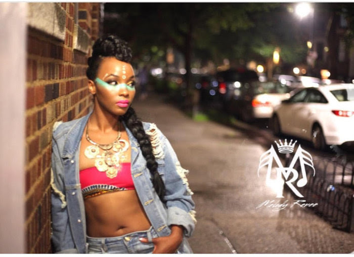 Melody Renee – Keep It Moving