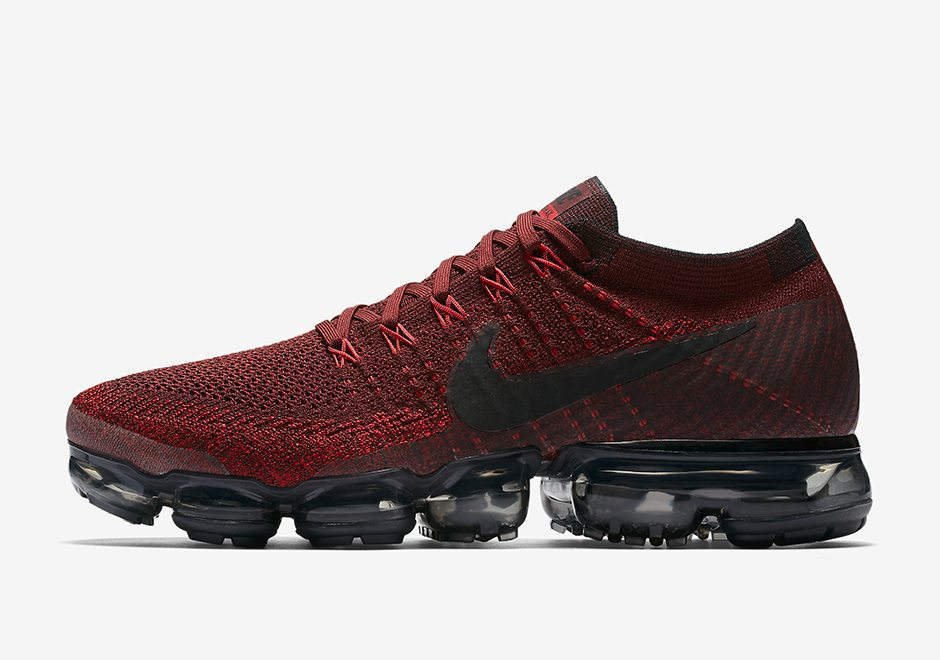 "Nike Air VaporMax ""Team Red"" // Release Date"