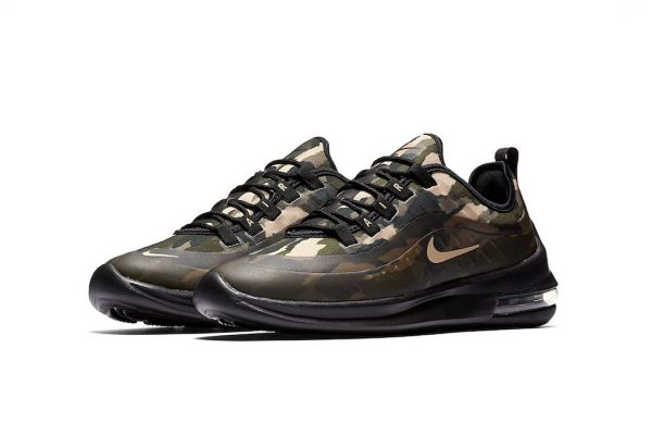 """Nike Dips Its Air Max Axis in """"Green Camo"""""""