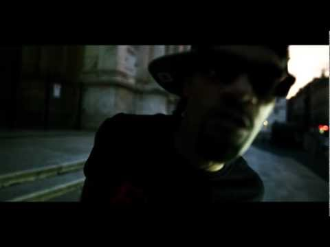 Redman – White People Are Rioting