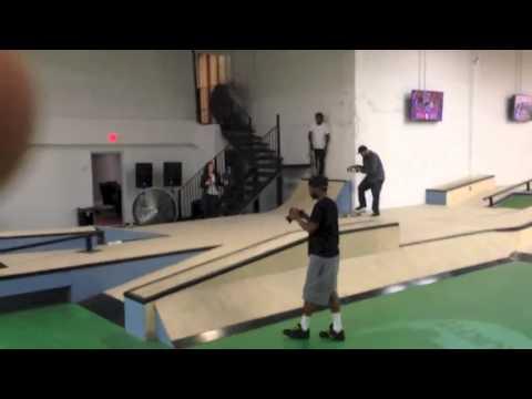 Lil Wayne & Soulja Boy Hit The Skate Park