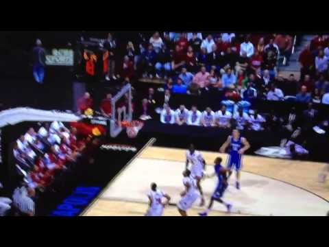 Louisville's Kevin Ware Has Horrific Injury [Very Graphic]