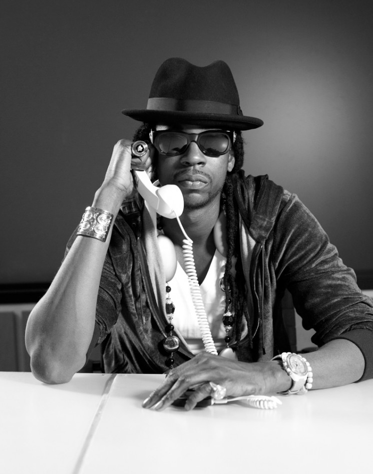 2 Chainz Eats The World's Most Expensive Burger