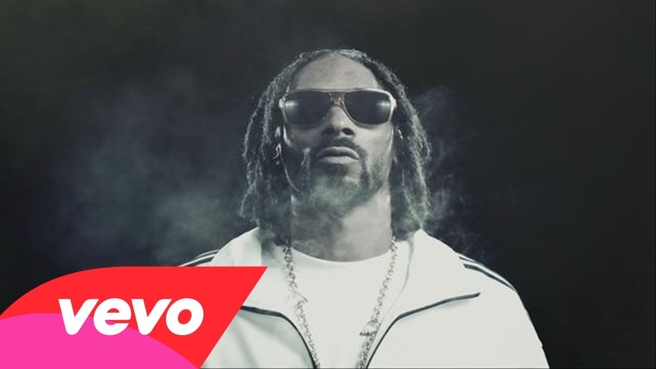 Snoop Lion Feat. Miley Cyrus – Ashtrays & Heartbreaks