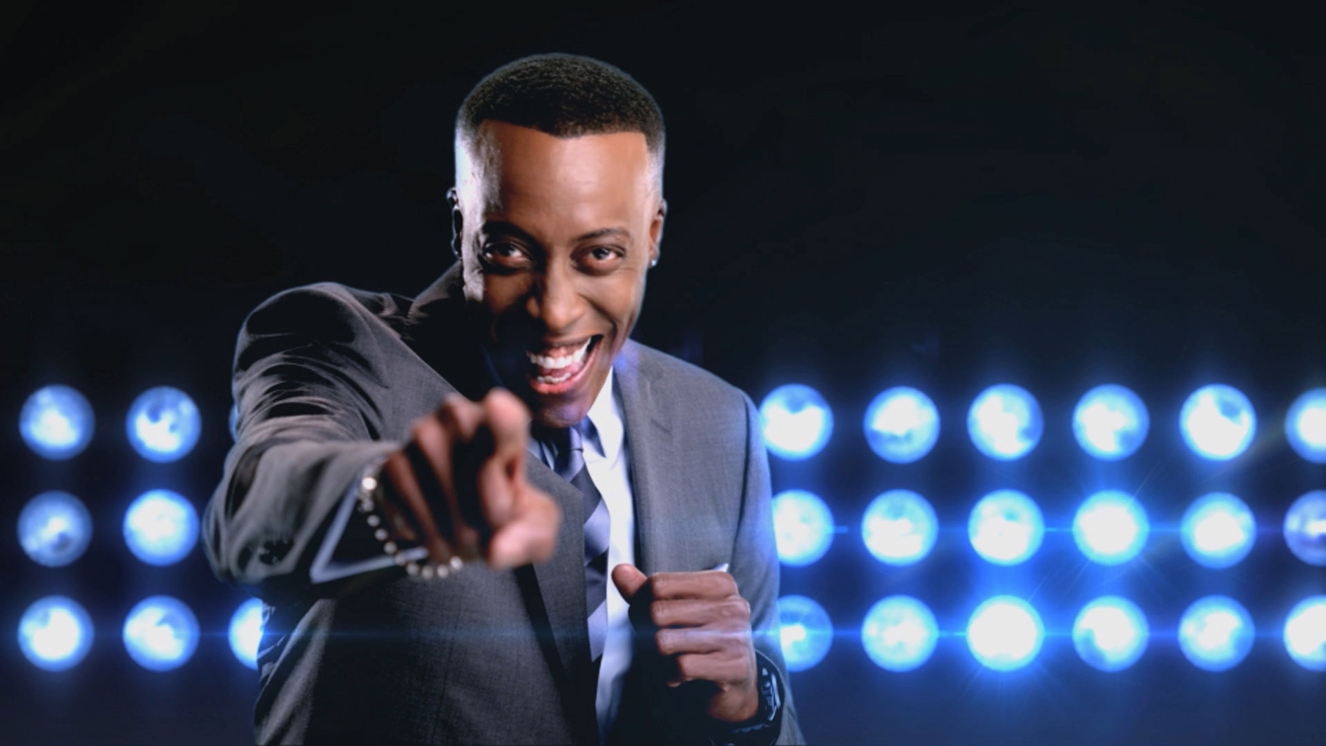 Arsenio Hall Makes His Way Back To Late Night TV