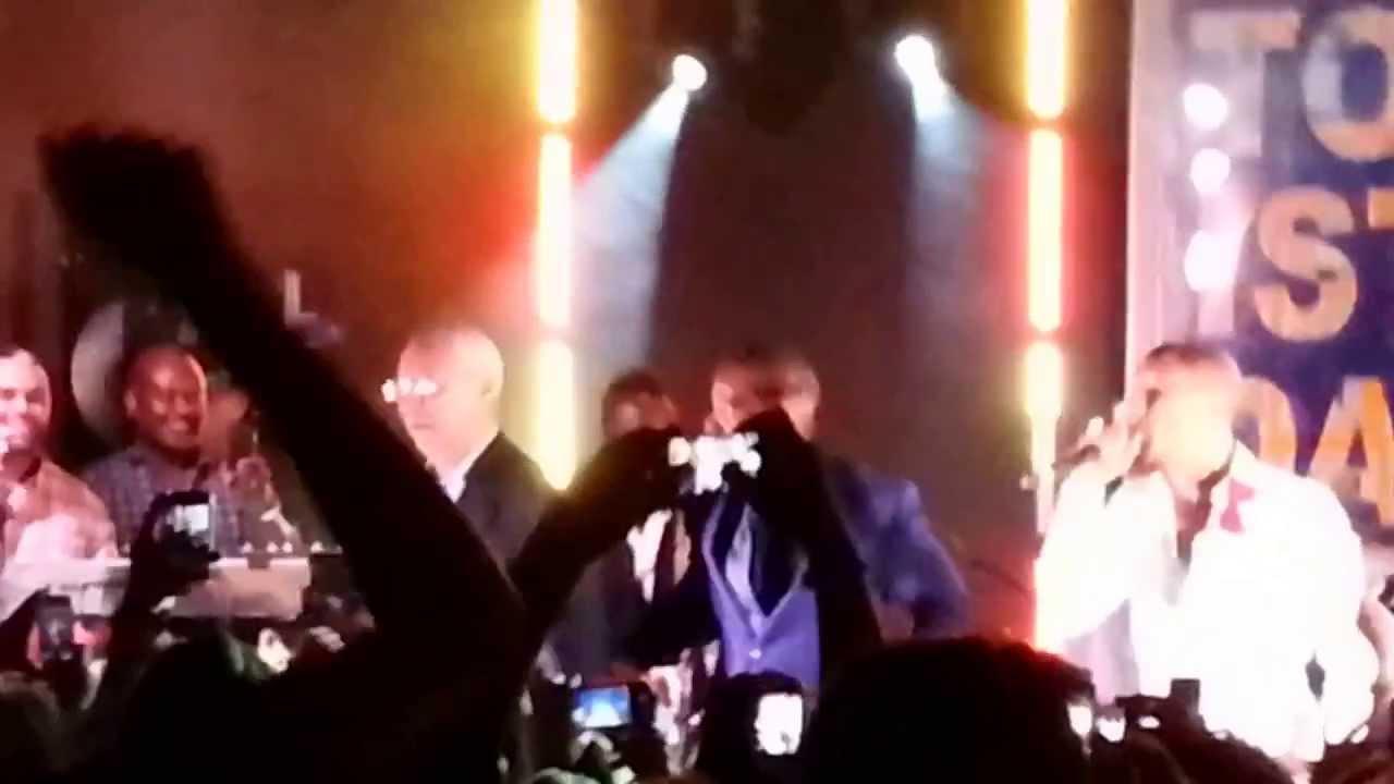 Colin Powell Dances To Daft Punk w/ Pharrell & Jamie Foxx