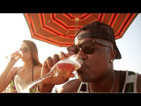 Troy Ave – Hot Out