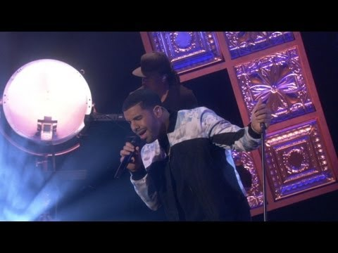 Drake Performs On The Ellen Show