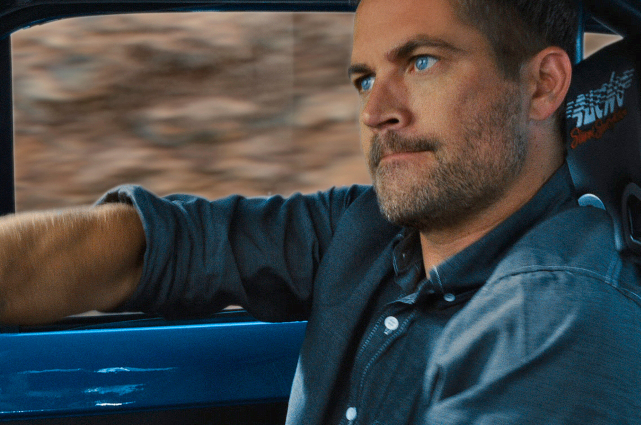Paul-Walker-Fast-and-Furious-6-drive