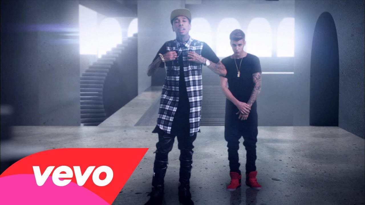 Tyga Feat. Justin Bieber – Wait For A Minute