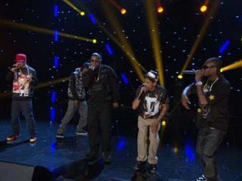 "Bone Thugs-N-Harmony Perform ""Crossroads"" On ""Arsenio"""