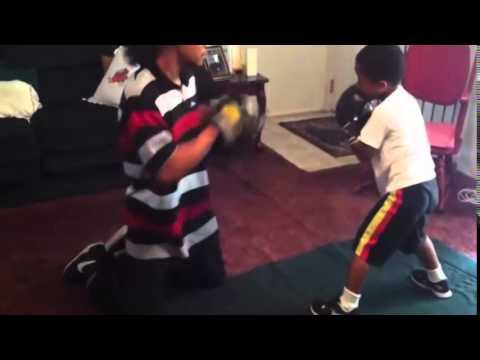 "5 Year Old Boxer Nijee ""The Future""! Has Skills"