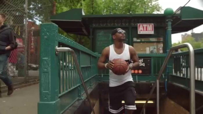 Cam'ron Hits The Blacktop In NYC (Reebok Commercial)