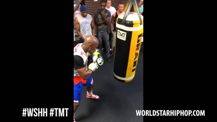 Floyd Mayweather Training In Las Vegas For Mayweather vs. Maidana