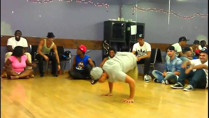 One-Legged Breakdancer Shows Off His Impressive Moves
