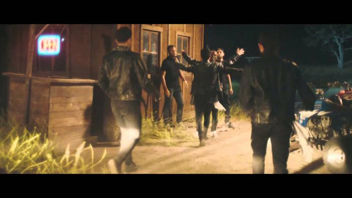 Travi$ Scott Feat. Big Sean & The 1975 – Don't Play