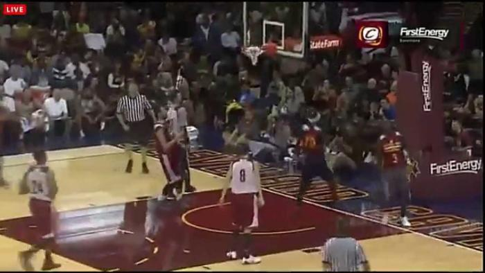 Lebron James Sick Dunk After Between The Legs Pass From Kyrie Irving (Cavs Scrimmage)