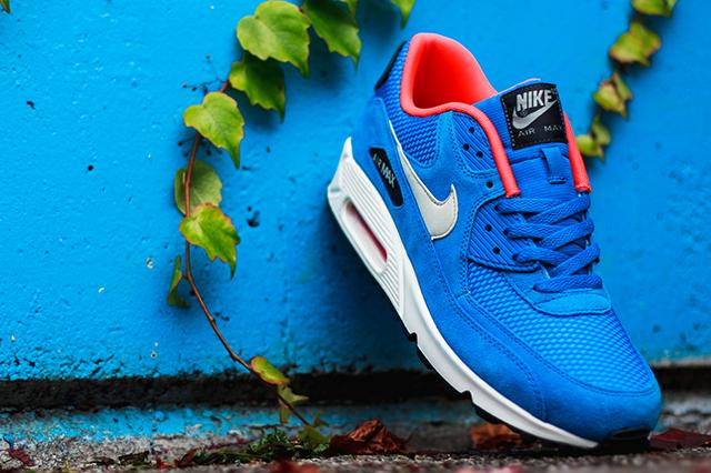 Nike Air Max 90 Essential (Electric Blue)