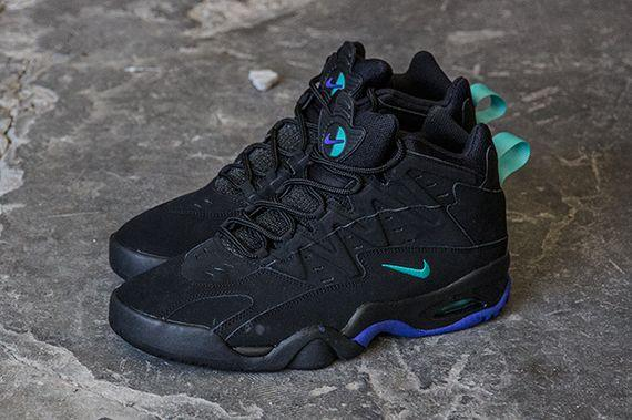 Nike Air Flare – Black/Persian Violet