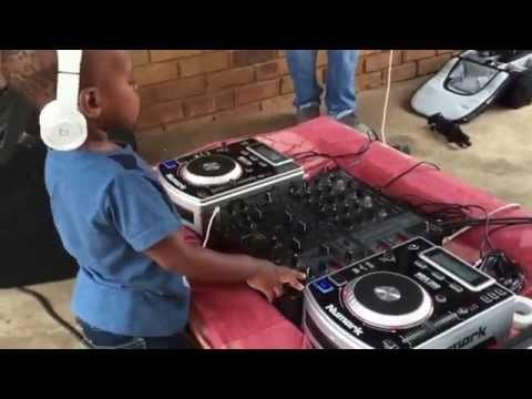 2 Year Old Kid Has Amazing DJ Skills