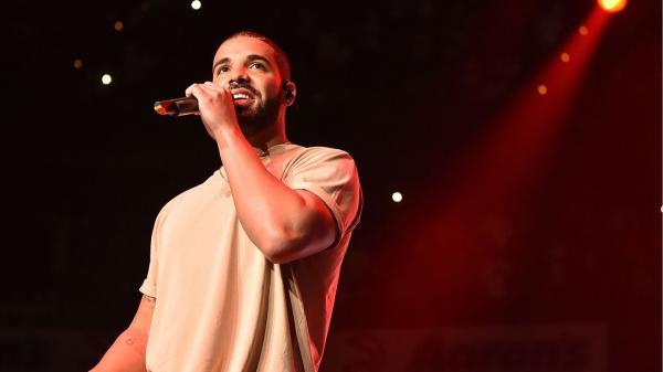 Drake Demolish Meek Mill on 'Back to Back' Freestyle