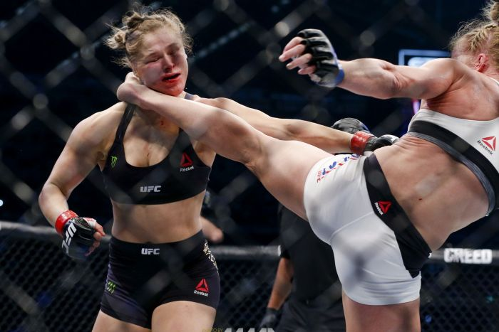 203_Ronda_Rousey_vs_Holly_Holm_1_.0.0