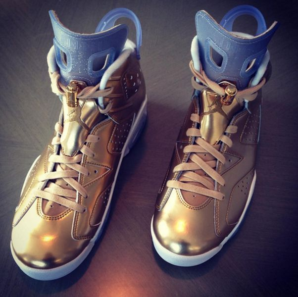 spike-lee-air-jordan-6-gold-oscar1