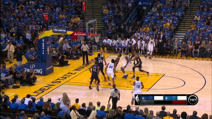 Stephen Curry Scores 40 Points In The Golden State Warriors Opener