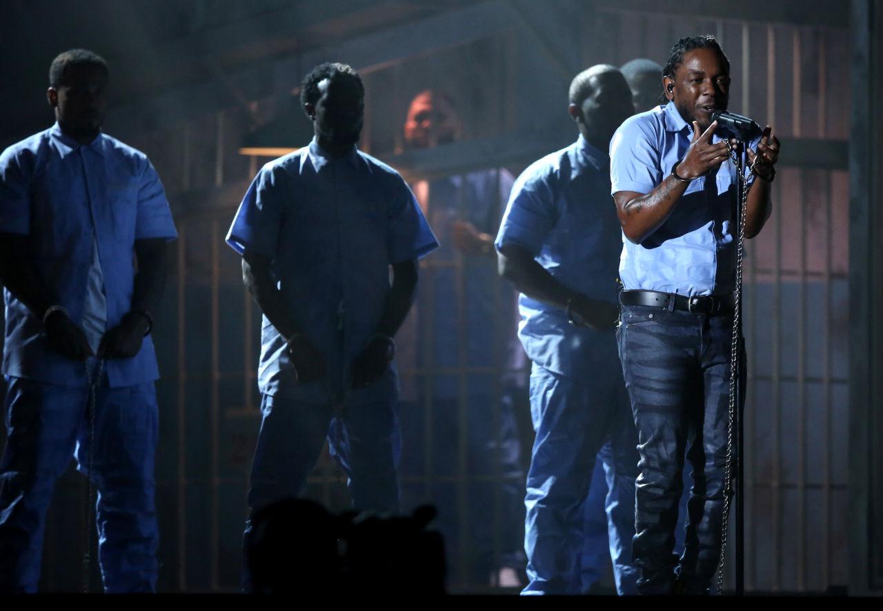 Grammys 2016: Watch Kendrick Lamar's Stunning Performance