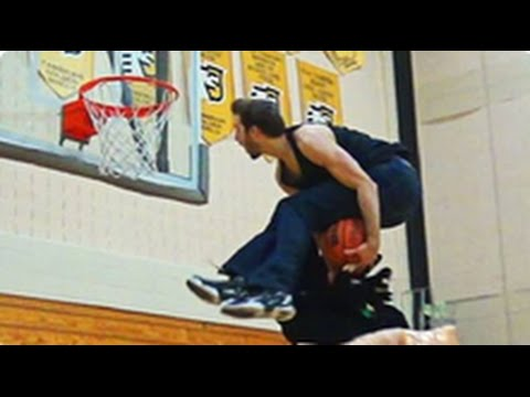 6'1″ Baller Jordan Kilganon Does All Of Aaron Gordon's Dunks With Jeans On