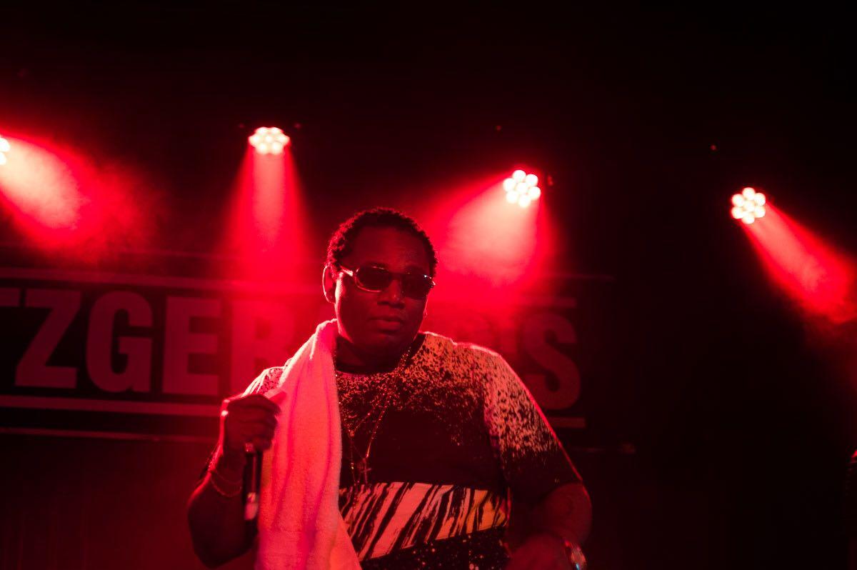 Franchize Music –  New Age Rap Quaterbacc!! I Take No Days Off
