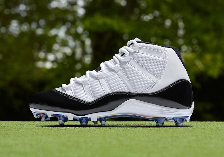"Air Jordan 11 ""Concord"" Cleats for NFL Playoffs"